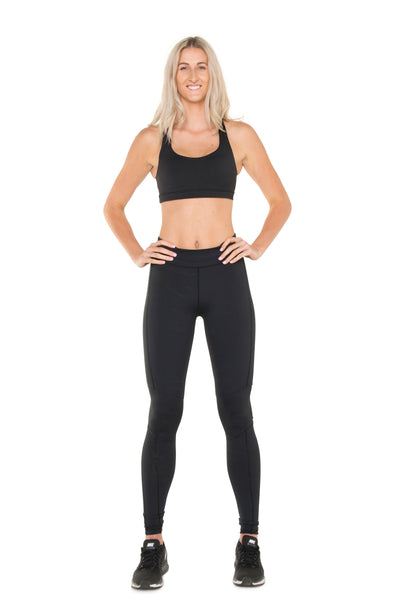 technical-stretch-black-leggings-full-body-front-view