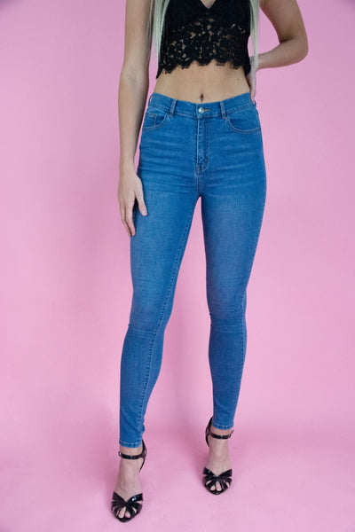 Hourglass High Rise Skinny Jean