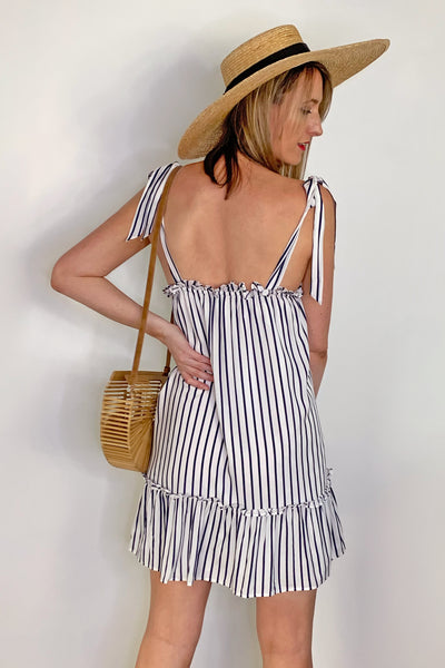back-light-beach-wear-long-tall-dress