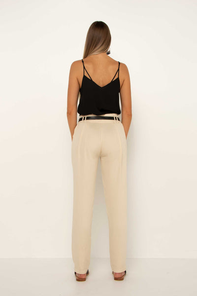 long-tall-cream-tapered-pant-work-trouser-day-wear-back-flattering