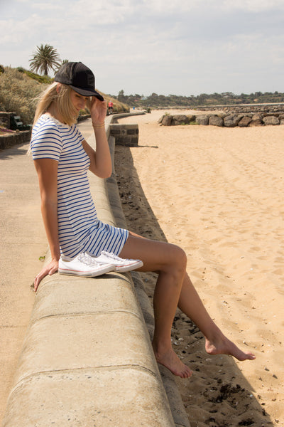 nautical-stripe-tshirt-dress-candid-on-sand-casual-look-flattering