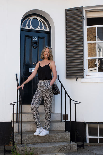long-tall-leopard-trousers-daywear-look-soft-fabric-pockets