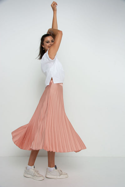 Pretty Pink Pleated Skirt