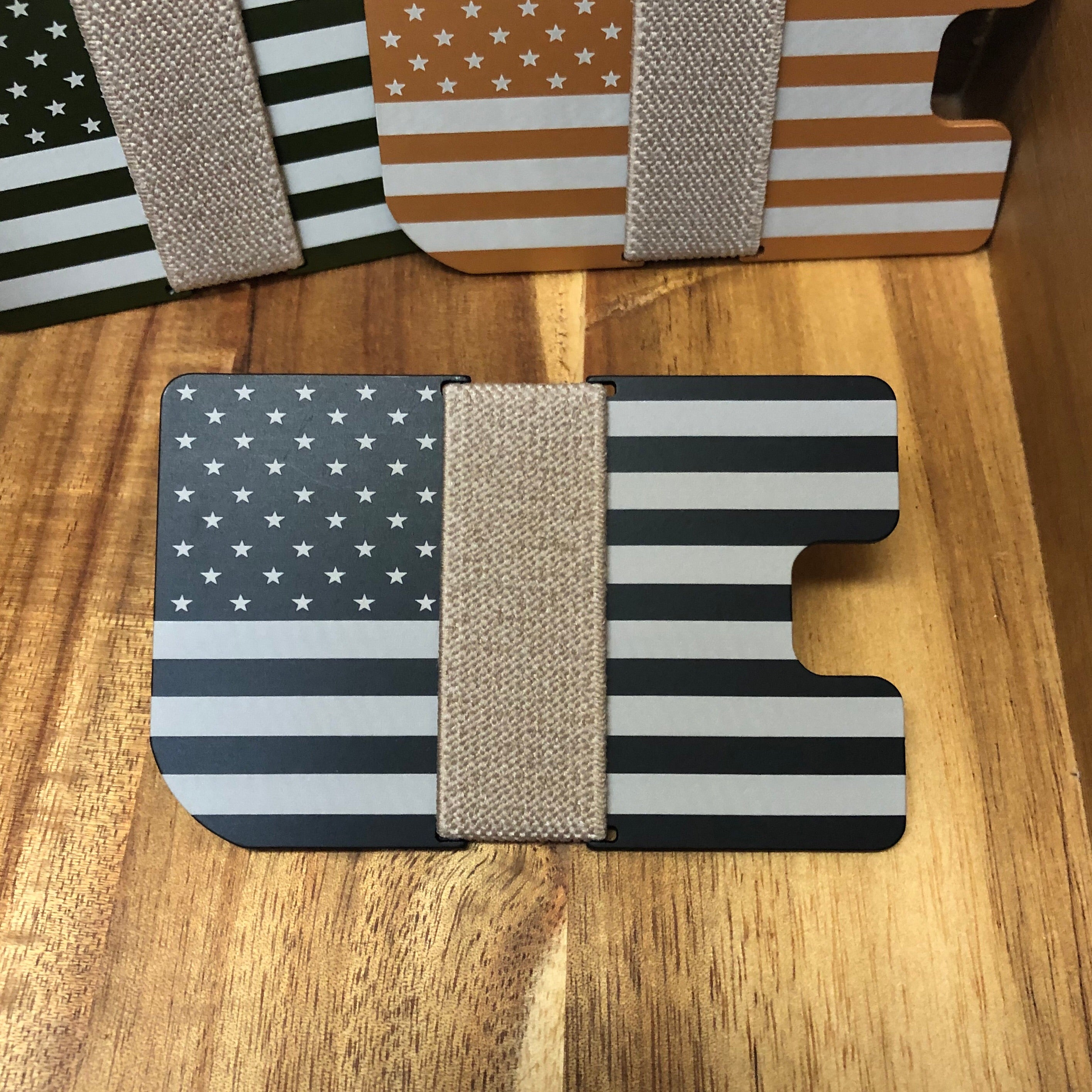 TRUE Wallet - American Flag