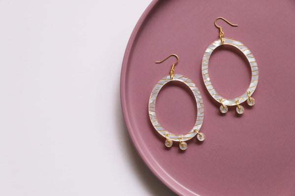 Poppy Earrings - White & Gold Fleck