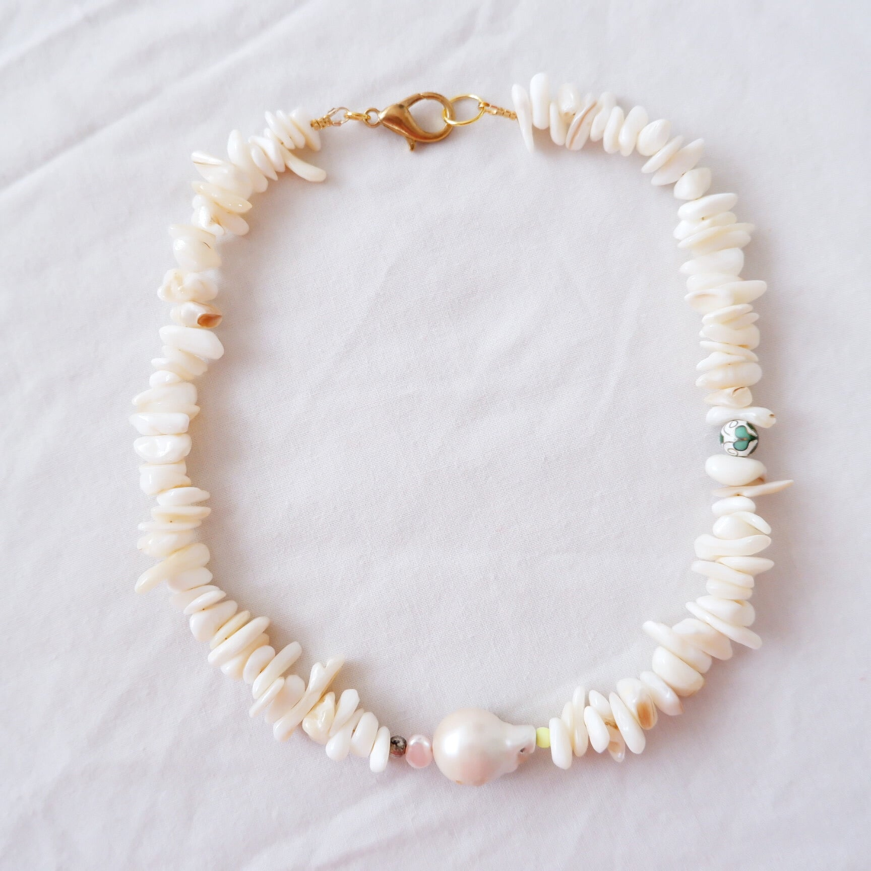 White Stone Pearl Necklace
