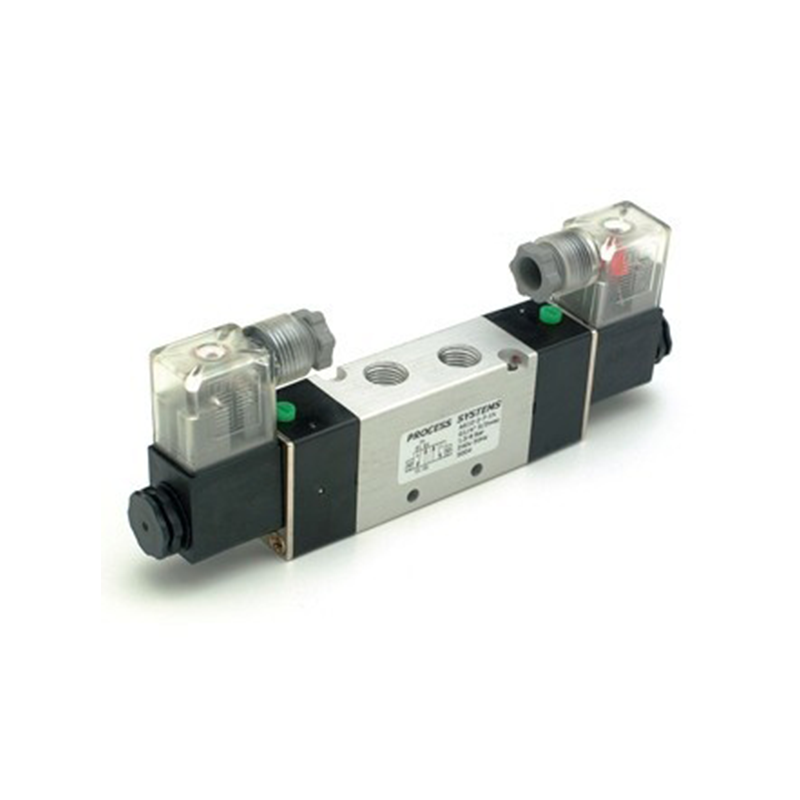 "GO Double Solenoid Valve 1/8"" to 1/2"" A610 5 Way 2 Position Range"