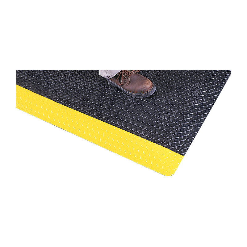 Brady Chequer Plate Ultrasoft Mat 900x1500mm Black c.w Yellow Border 872214