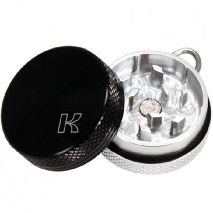 Kannastor 32mm Pendant Grinder with Ball Chain