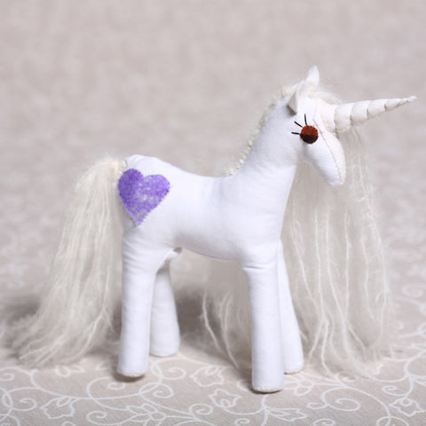 Big White Unicorn (32cm)