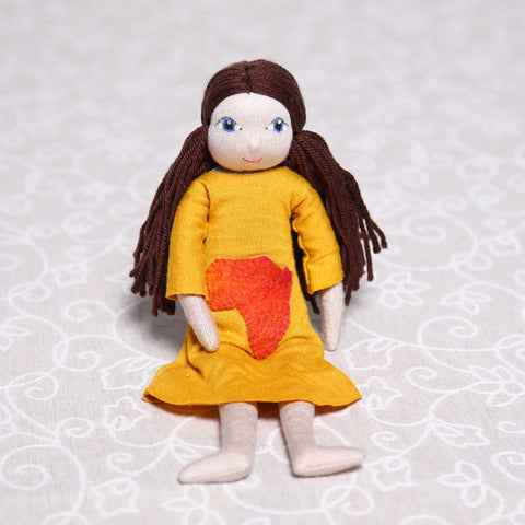 Large Soulplay Girl in Yellow (30cm)