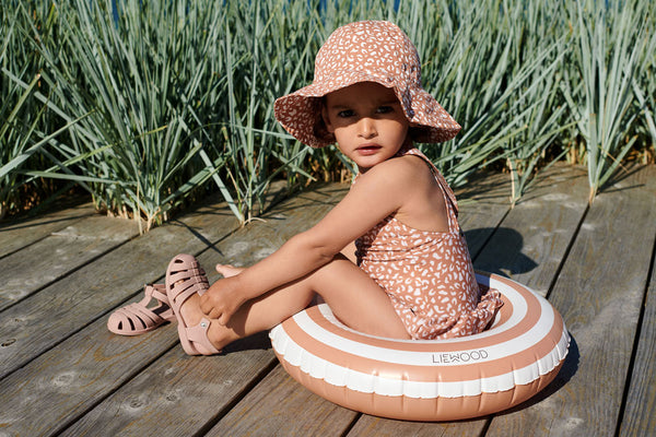 sun hat and sandals