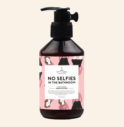The Gift Label Hand Lotion: No Selfies in the Bathroom - Sisi & Seb