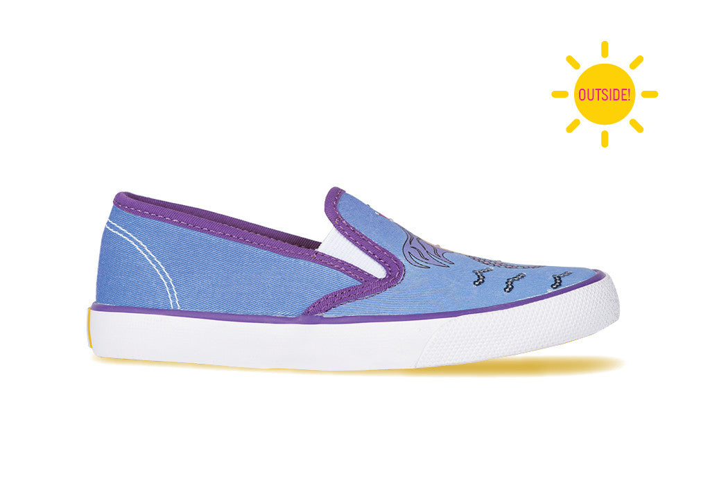 Girls slip-on sneaker with a mermaid design that changes color in the sun