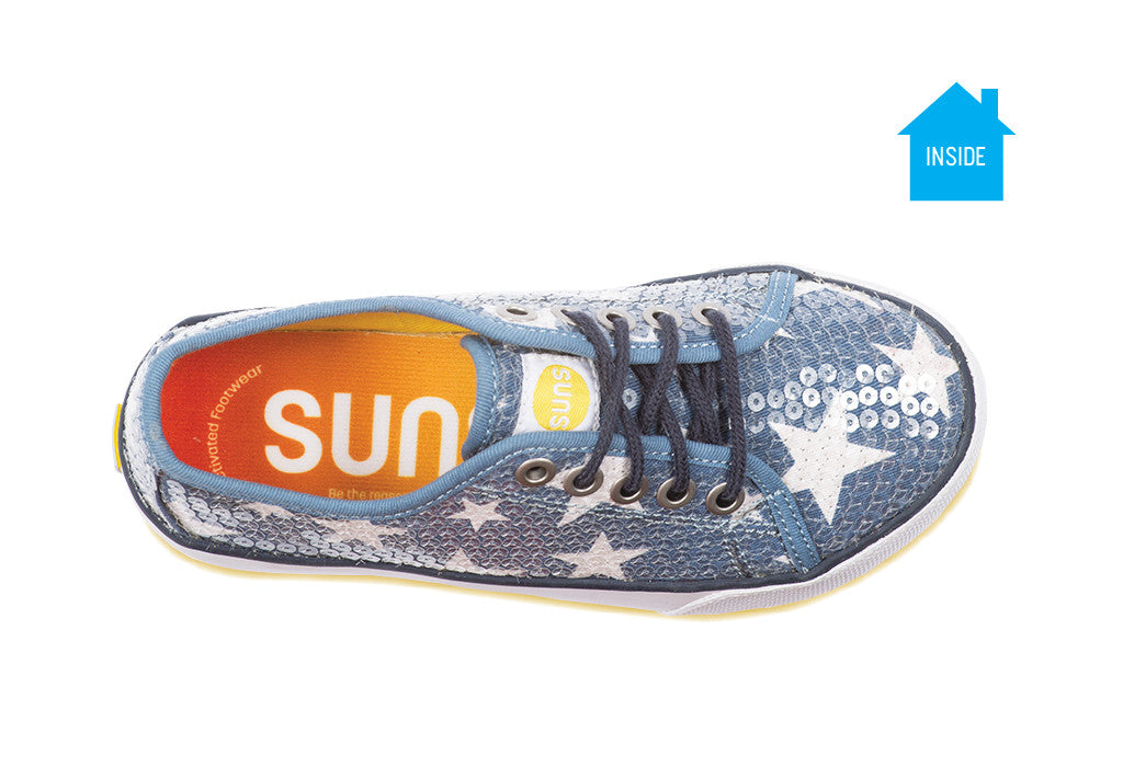 Girls casual sequence sneaker with purple stars that appear when exposed to the sun