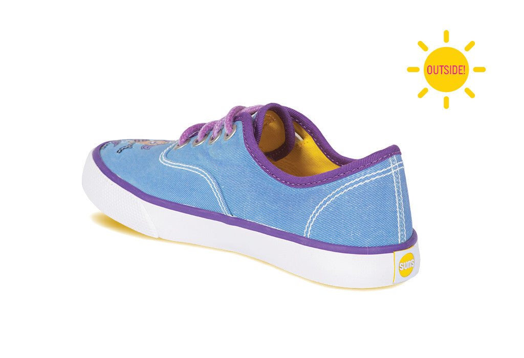 Girls sneaker with yellow sole