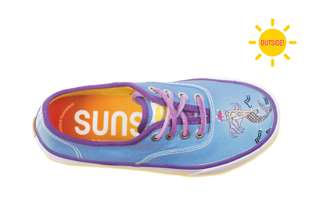 Girls casual sneakers with a mermaid that change color in the sun