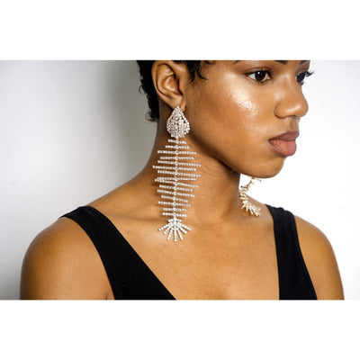 Vona Rhinestone Fishbone earrings (2 Colors)
