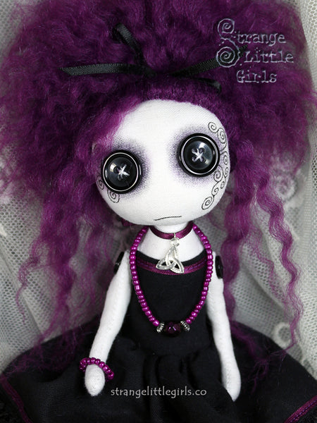 Ebay Auction - Trina Poisonberry