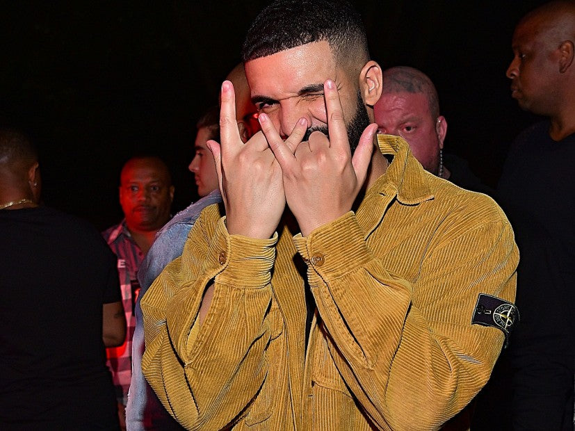 "Drake Releases Double LP ""Scorpion"""