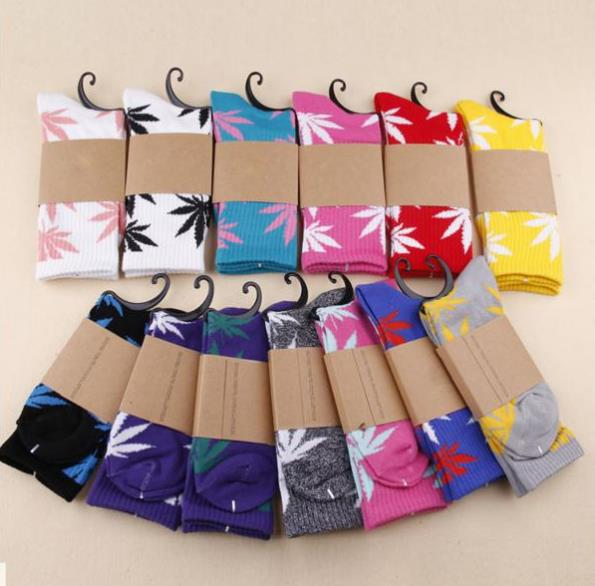 High Quality Harajuku Style Weed Socks For Women Men's Hip Hop Cotton Skateboard Sock Man WZ001