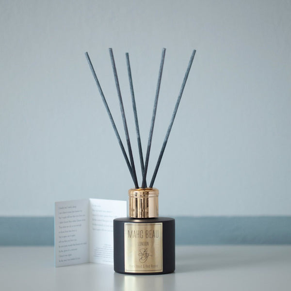 Black Aoud and Red Roses Room Diffuser