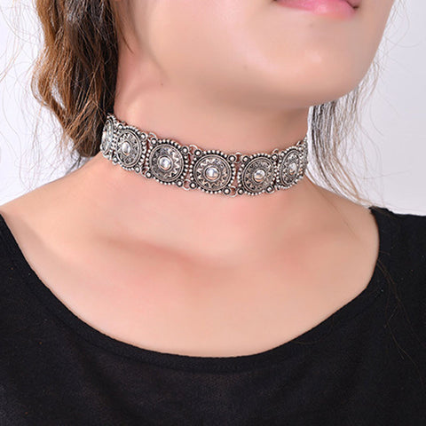 Detailed Metal Choker