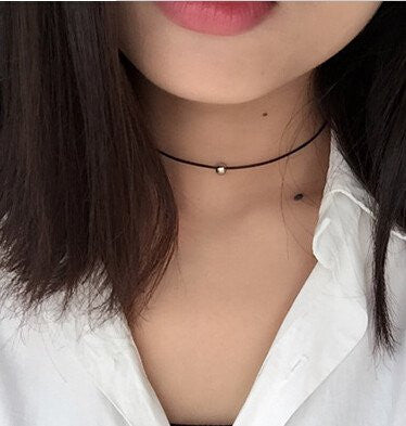 Ultra Delicate Black Leather Choker
