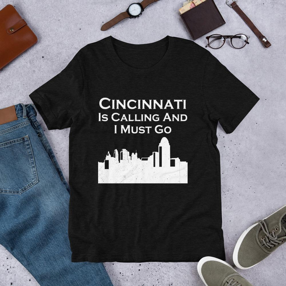 T-shirt - Cicinnati CitySkyline Short-Sleeve Unisex T-Shirt, Cincinnati Relocation Gift, Moving To Cincinnati Shirt, New Job In Cincinnati Gift.