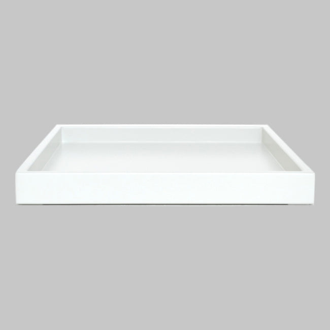 white shallow tray