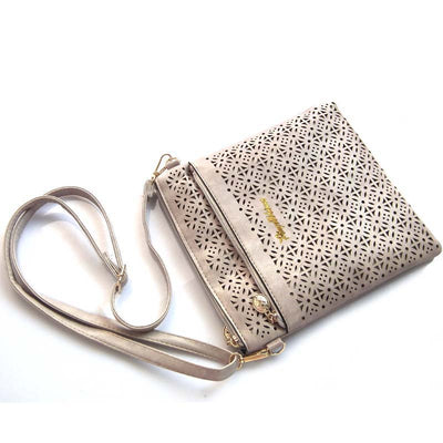 c803a6337a25 2017 Small Casual Women Messenger Bags PU Hollow Out Crossbody Bags Ladies  Shoulder Purse And Handbags