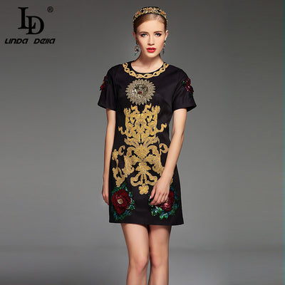 2017 Summer Fashion Runway Dress Women s Short Sleeve Noble Luxury Beading  Rose Flower Sequined Applique Vintage cfb324f7522a