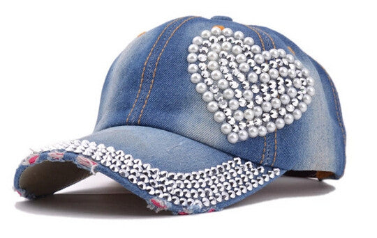 40c96e0367d 2017 new women post heart-shaped diamond pearl new cowboy do old torn jeans  duck