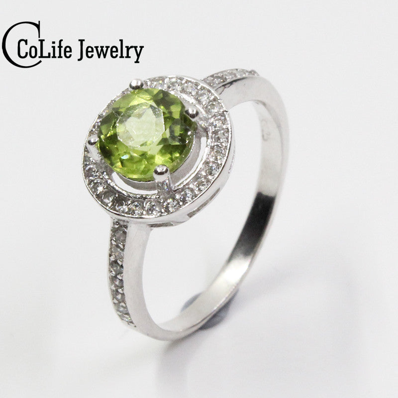 Anniversary Collection Ring in 925 Sterling silver with cubic zirconia rectangular green olivine ethnic woman 7VIg7