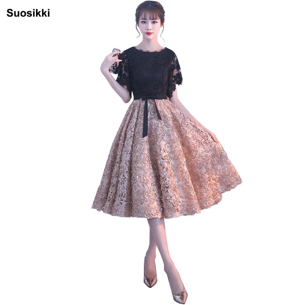 Cocktail Dresses Lovely Suosikki New 2018 Short Fashion Elegant Medium Sleeves Lace Green Color Party Bandage Cocktail Dress Red Formal Gown