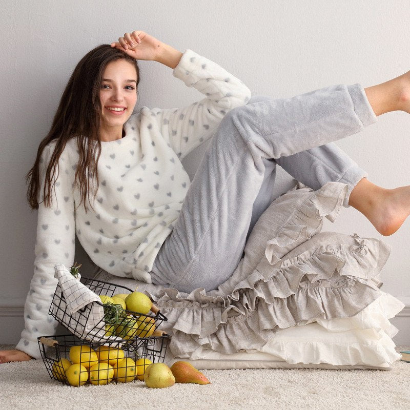 LLYGE Winter Women Sleepwear Flannel Pajama Set 2018 Long Sleeve Warm Velvet Pants Pyjama Female Soft 2 Piece Homewear Nightgown