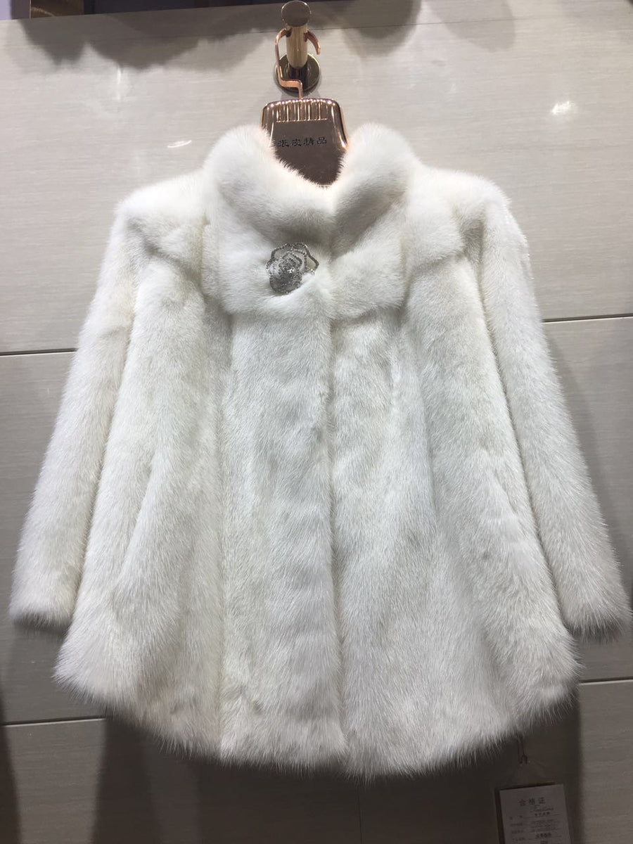 Hot Sell Natural Full Pelt Mink Fur Coat For Women's Fashion Korea Design Luxurious Warm Winter Mink Fur Jackets Outwear Coats