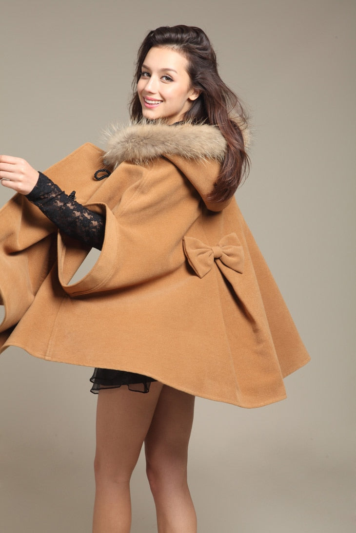 2018 Bestselling Hot Autumn And Winter Cashmere warm women coat woolen overcoat fur hooded cape wool coat Cloak woolen outerwear