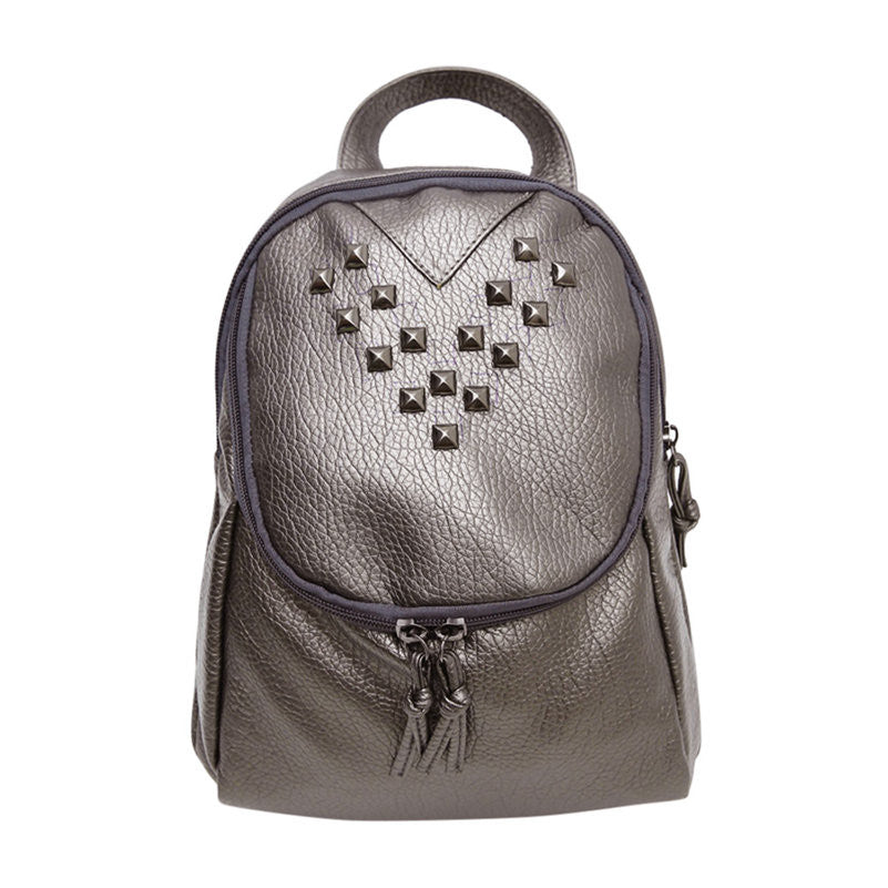 2017 Fashion Women Soft Leather Backpacks Rivet Schoolbags for Teenage Girls Female Bagpack Lady Small Travel Backpack Mochila