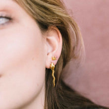 snake earring gold - single