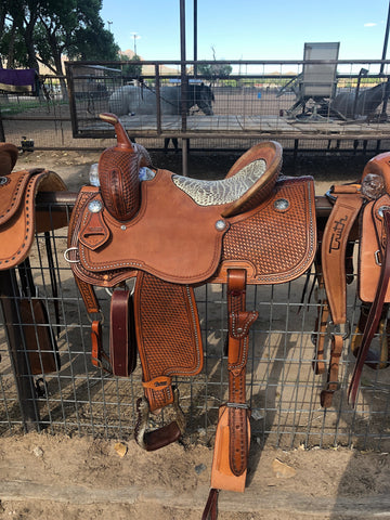 The SAN ANTONIO Barrel Saddle