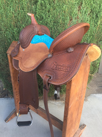 IN STOCK - The CLOVIS Barrel Saddle