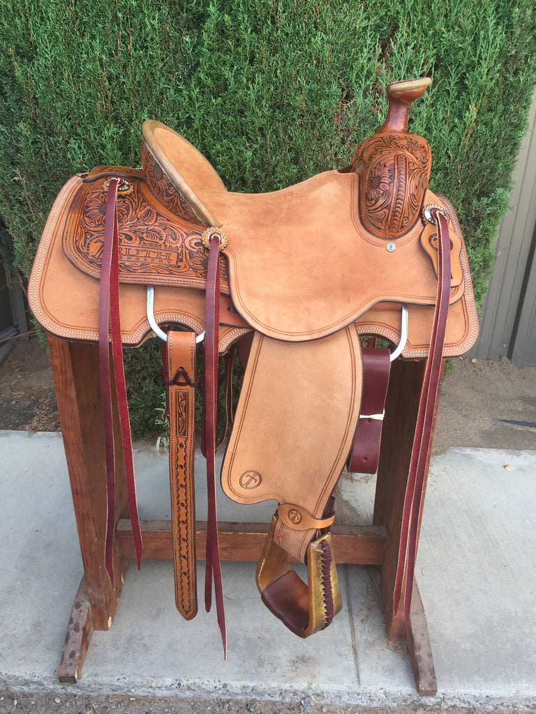 IN STOCK - The SUNNY Ranch Roper