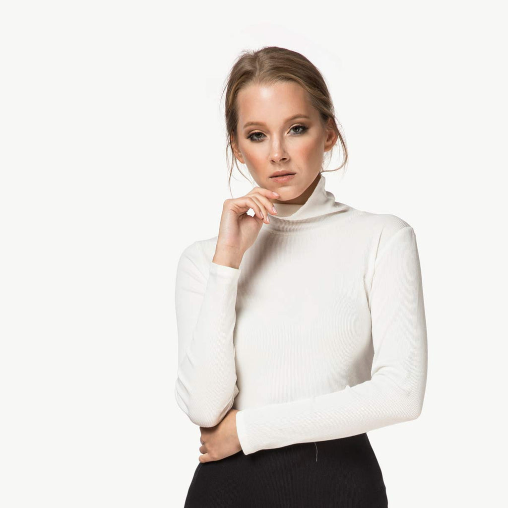 Ribbed Turtleneck | White