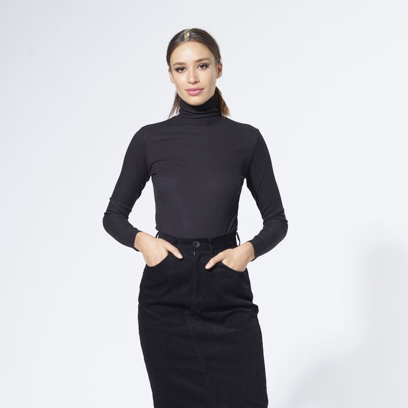 Ribbed Turtleneck | Black