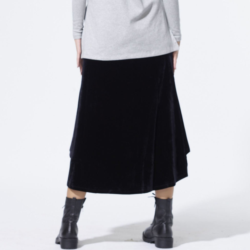 Velvet Wing skirt | Black [Final Sale]