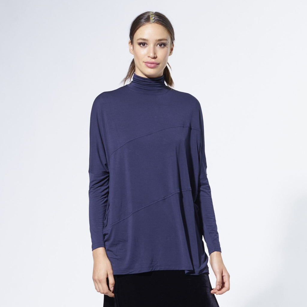 Swing Turtleneck | Navy