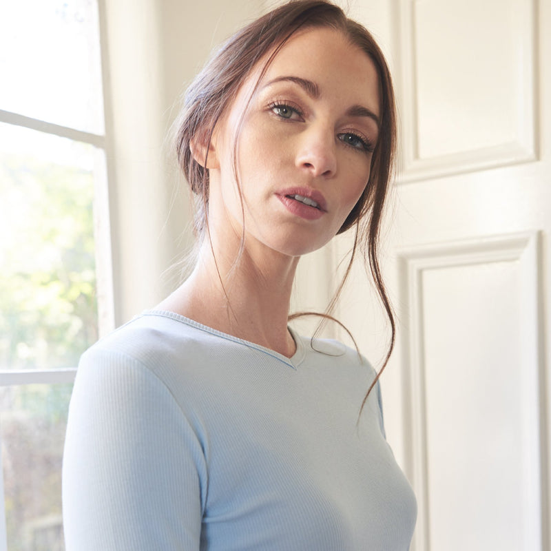 Ribbed V-neck Tee |Baby Blue