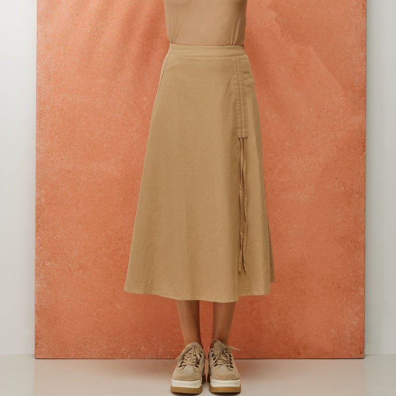 Ruched Tie Front Skirt | Sand