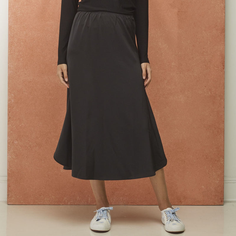 Slip Wing Skirt | Black